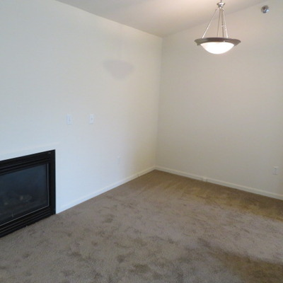 QUEST - LIVING ROOM (2 BEDROOM/2 BATH)