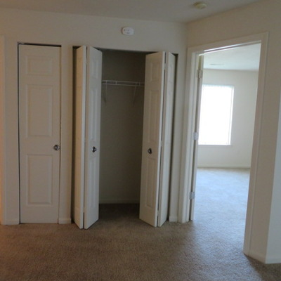 MERIDIAN - CLOSET (2 BEDROOM/2 BATH)